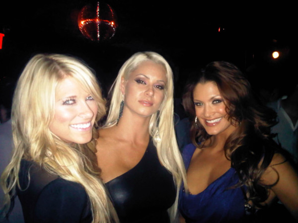 Kelly Kelly,Maryse & Eve Torres