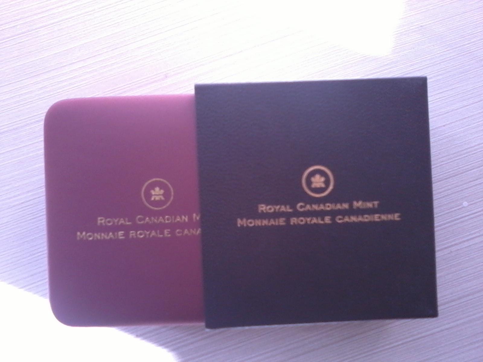 2011 $20 fine Silver Coin - Cystal Snowflake Emerald Box Pack