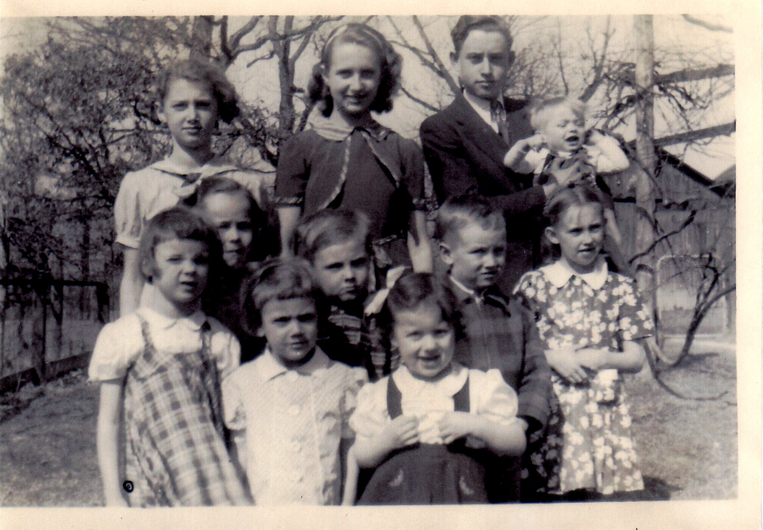 Emanuel & Catharine Norris Grandchildren, 1940