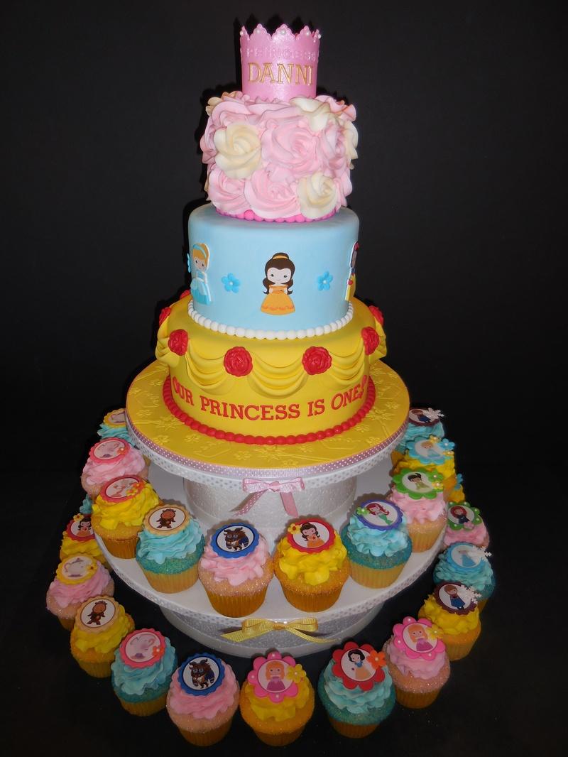 Dannis 1st Birthday Princess Cake Amp Cupcakes