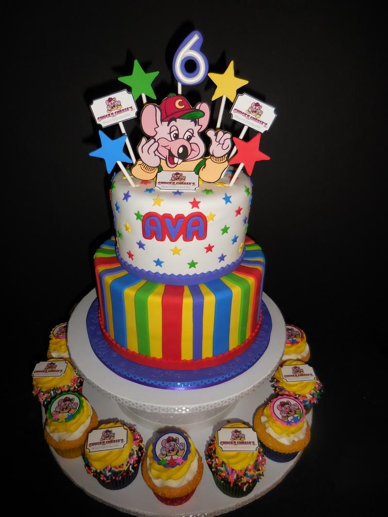 Ava S Chuck E Cheese Birthday Cake Amp Cupcakes