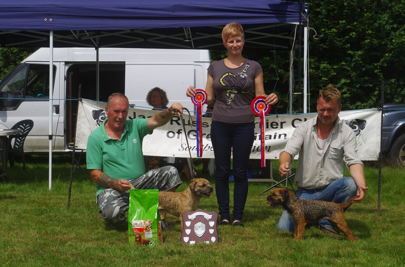 Ch & Res Coloured Terrier