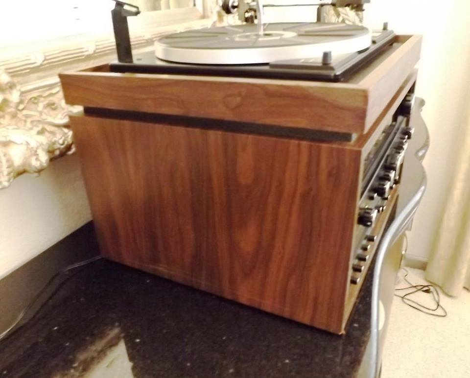 Curtis Mathes AM/FM Receiver, Turntable, 8 Track, Cassette Player