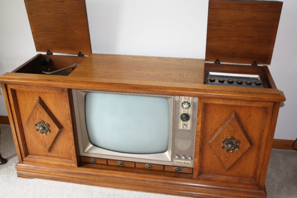a beautiful 1967 curtis mathes three in one color tv. Black Bedroom Furniture Sets. Home Design Ideas