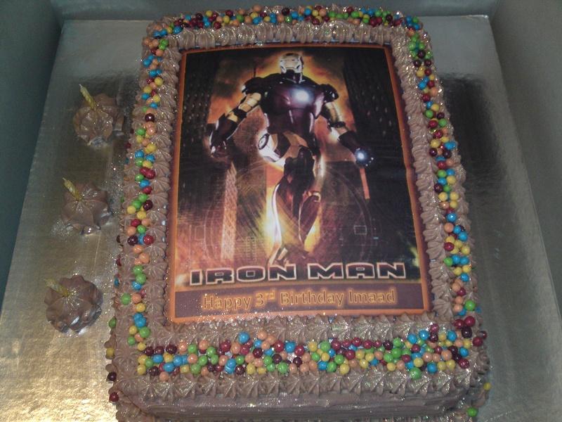 Avengers Cakejpg Cake Ideas And Designs
