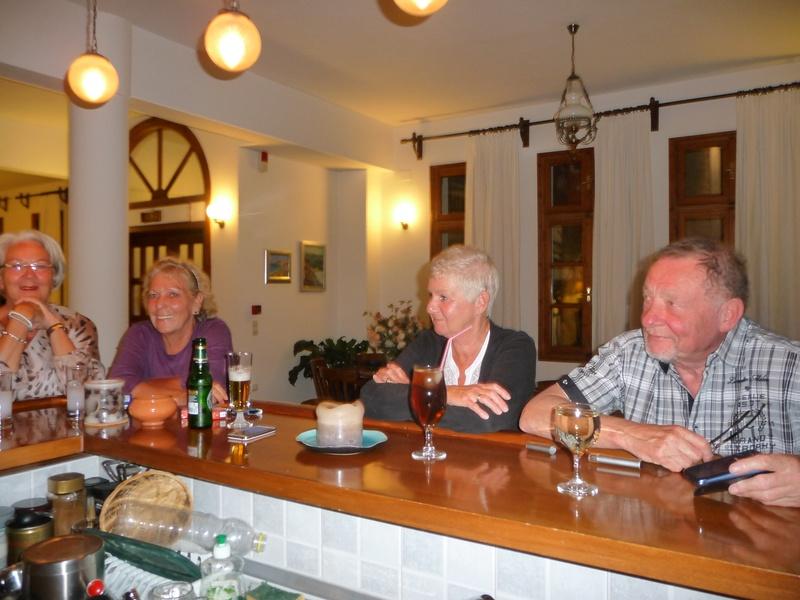 Arlette, Lenie, Mia & Peter
