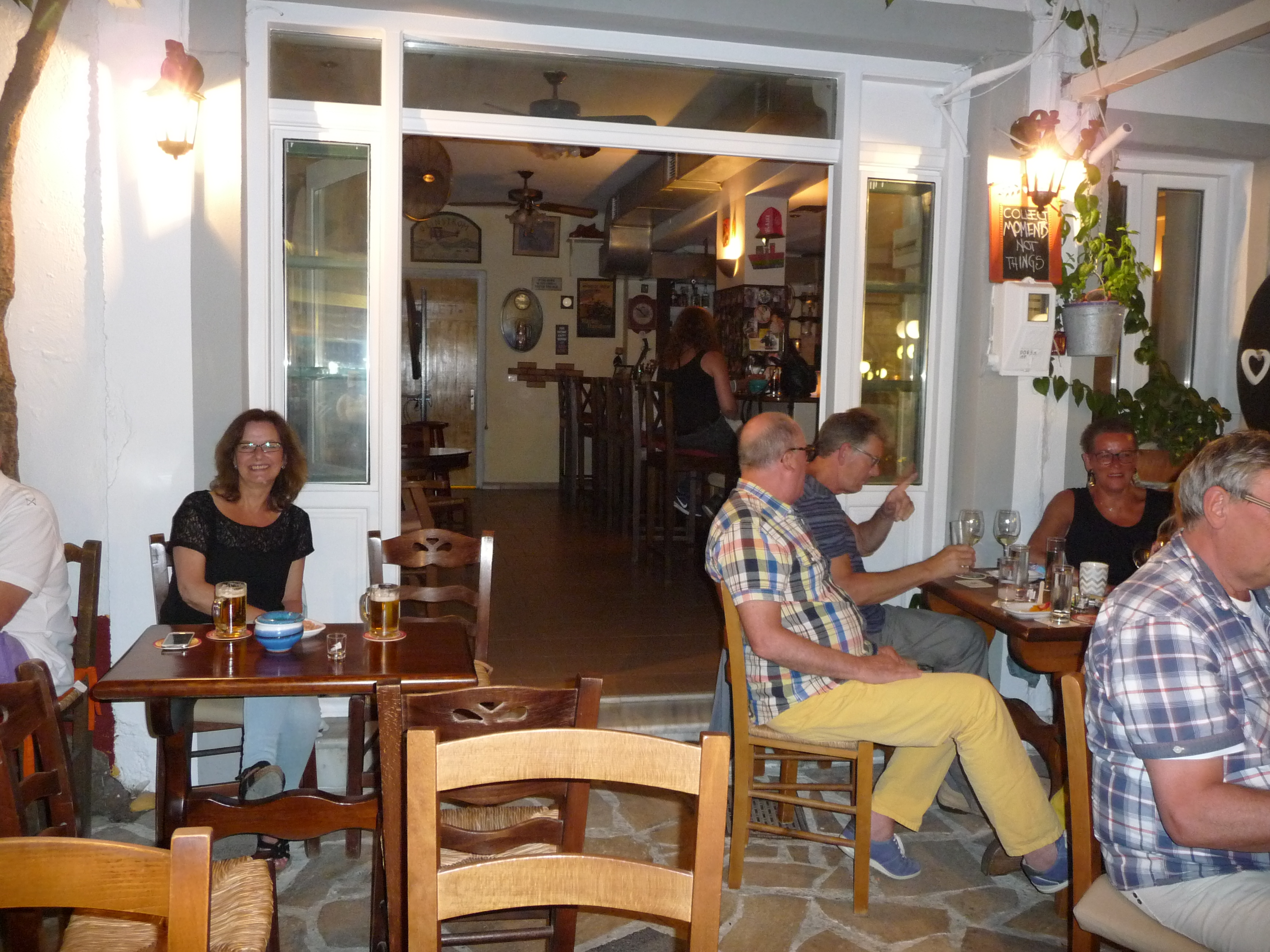 Vagelis Bar