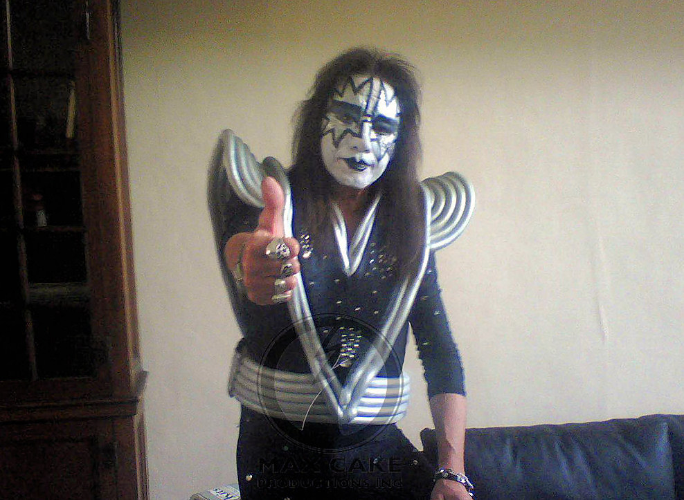 The last time ace was in his kiss makeup and costume it was for the