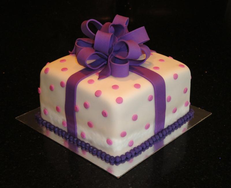 Fondant Present cake for Karen