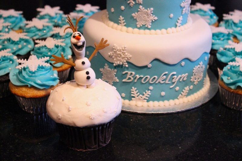 Frozen Theme Cupcakes and Large Cupake