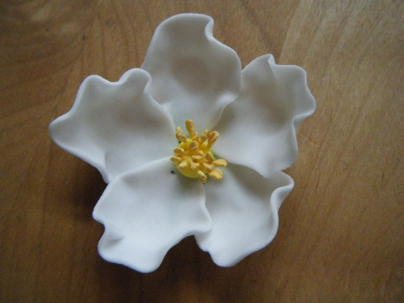 gum paste brier rose