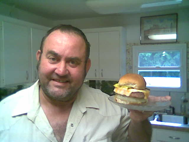 Bubba53 and his sandwich