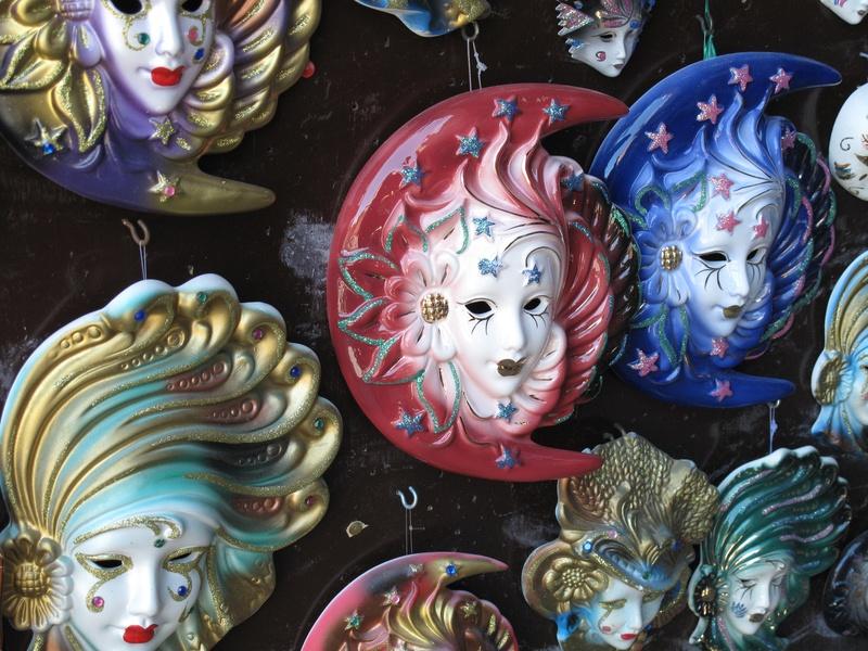 Wall plaques / masques