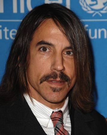 d42d6fcc969 Anthony Kiedis - long hairstyle and mustache and beanie - GLH