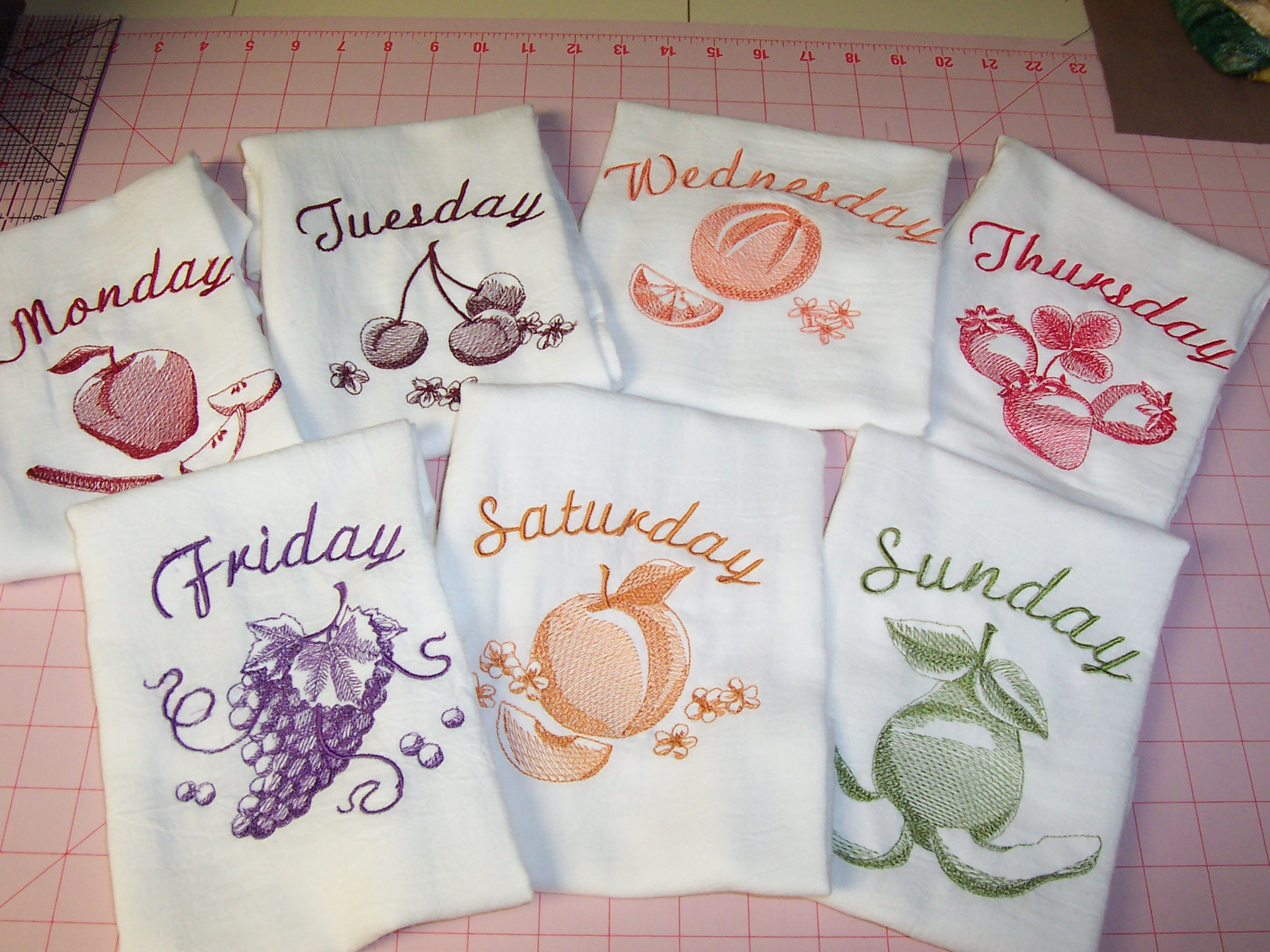 Days of the Week Toile Fruit Theme