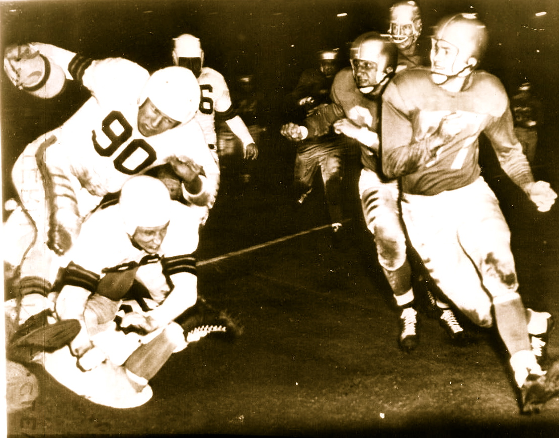 AAFC Action-Browns vs. Bills 1949