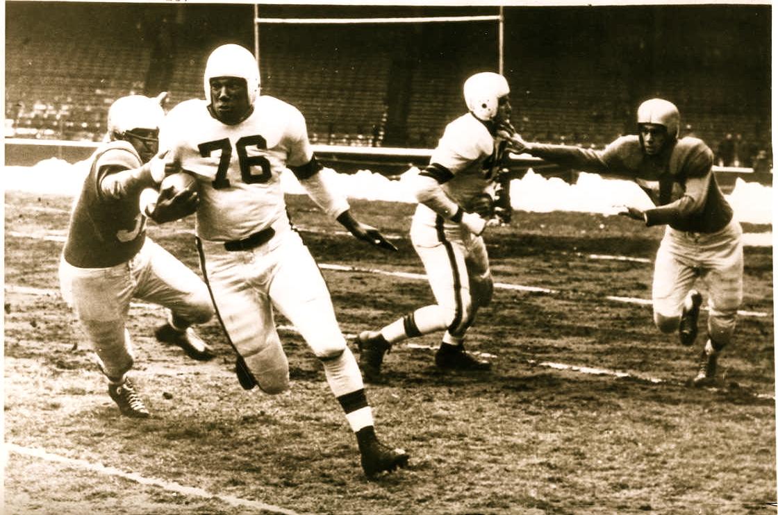AAFC Action-Browns vs. Bills 1948