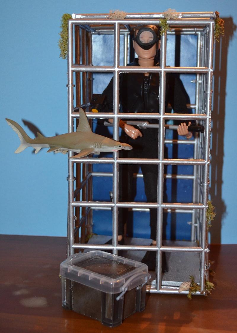 AT Shark Cage