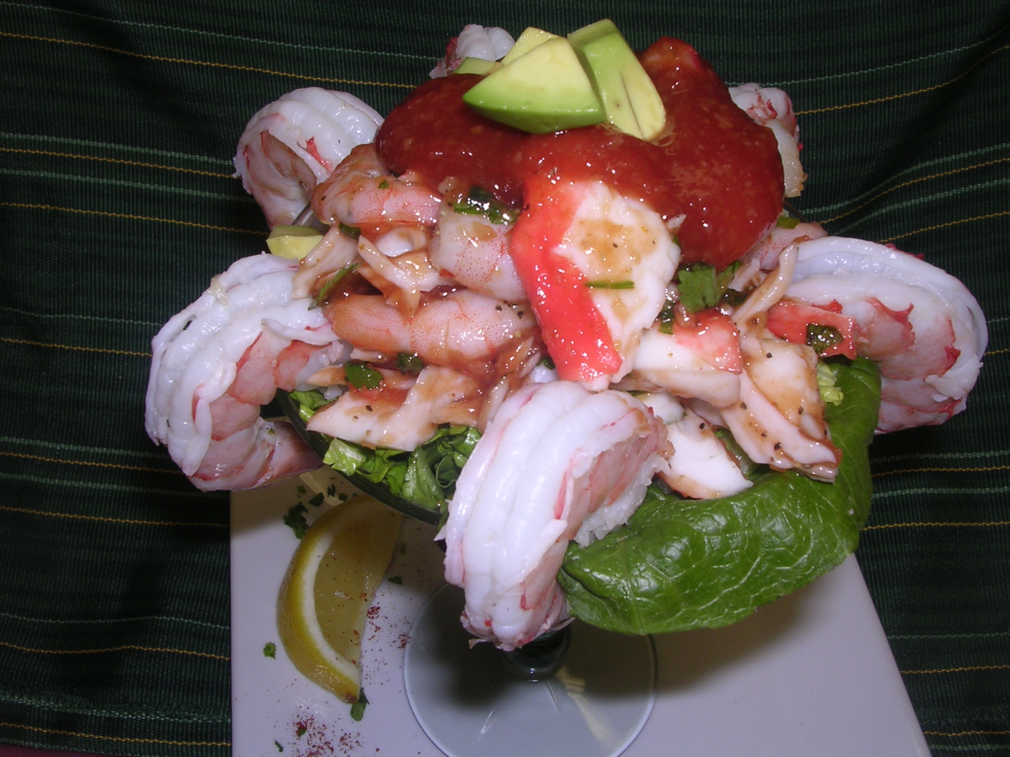 SHRIMP COCKTAIL APPETIZER