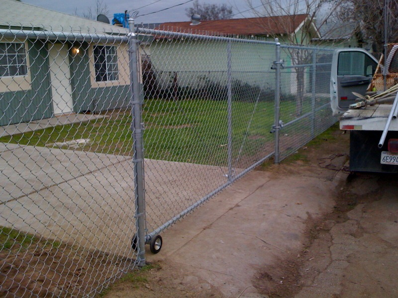 Fence Gates Rolling Chain Link Gate