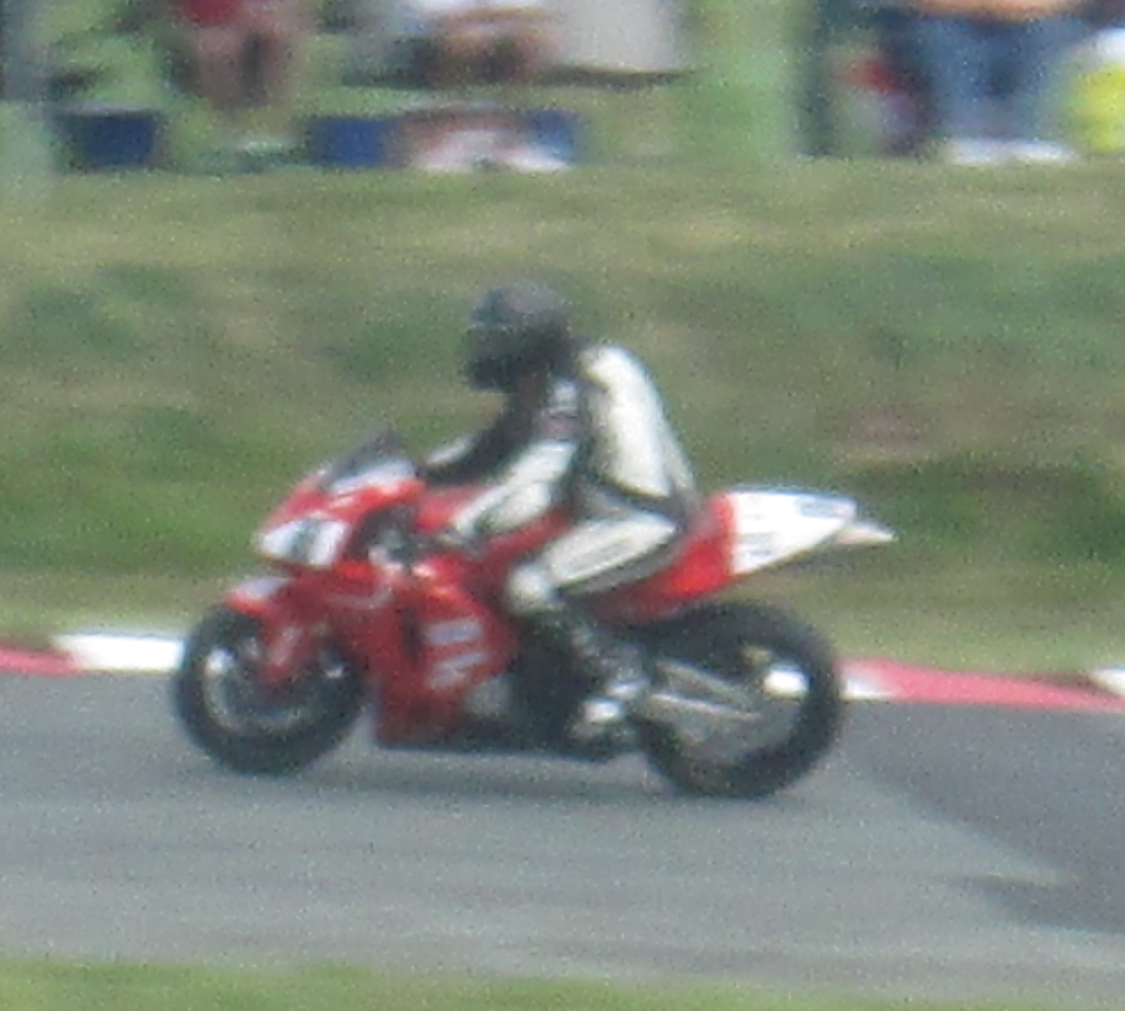 Superbikes 2014 picture number 28