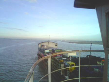 Ship push the Ferry