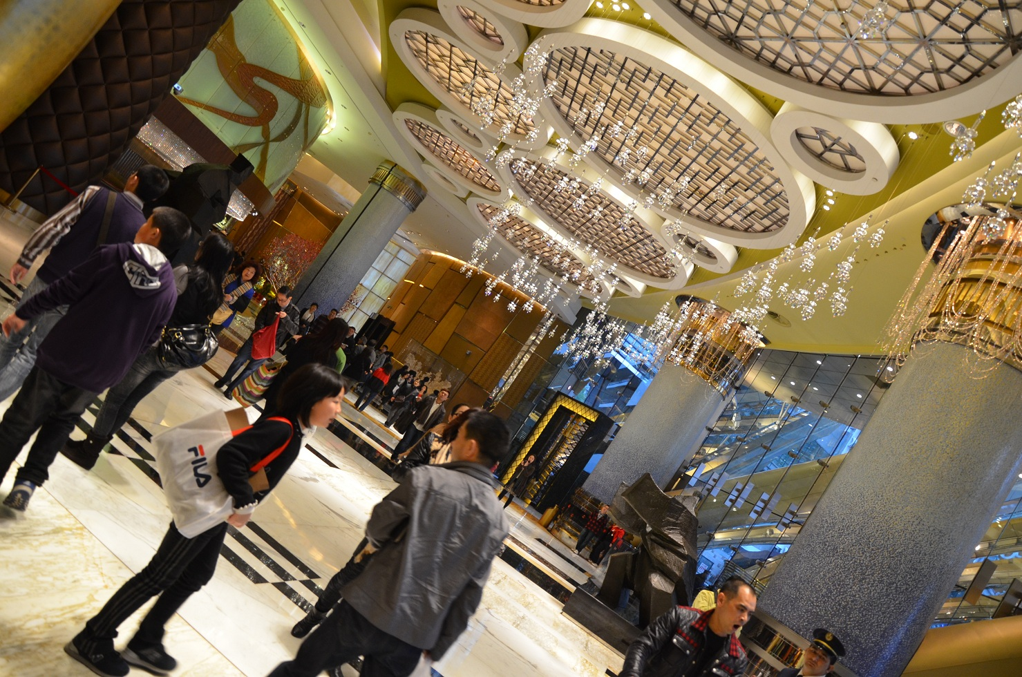 Grand Lisboa hall - Macau
