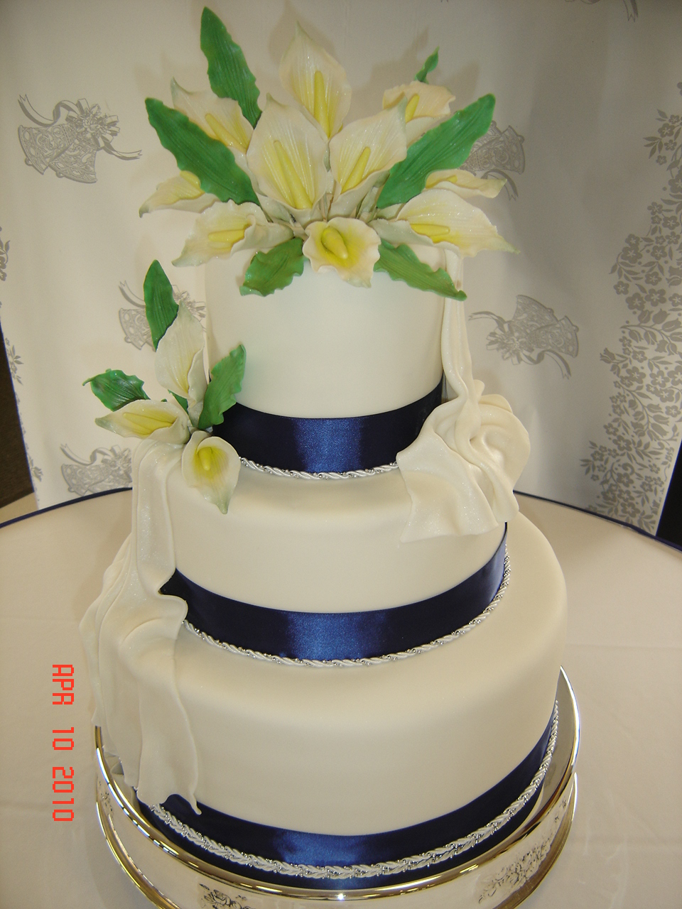 Royal Blue Cake Images : Royal Blue Wedding Cake - Natalia s Cakes
