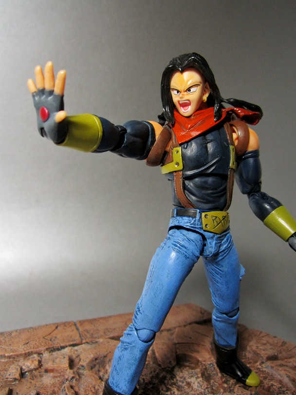 17 Super Basic Eye Makeup Ideas For Beginners: Custom S.H. Figuarts Dragon Ball Z Super Android 17