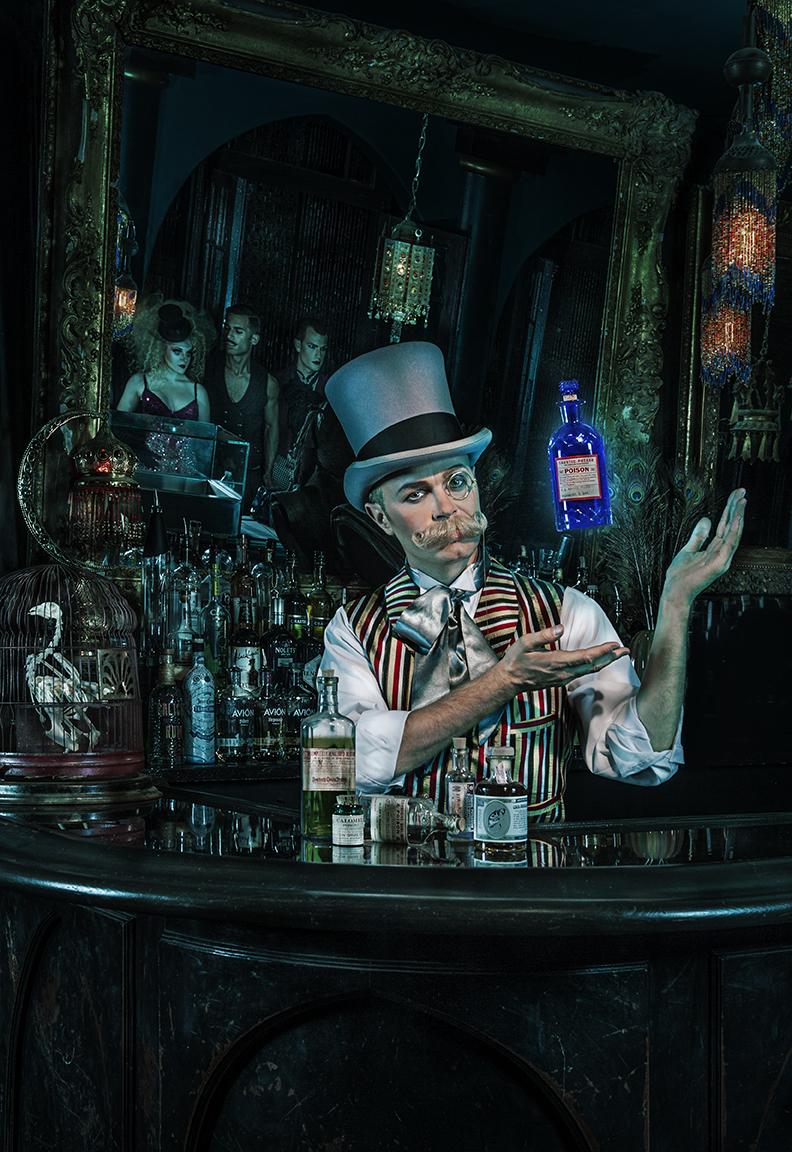 Curtis Lovell  II- Illusionist - escape artist