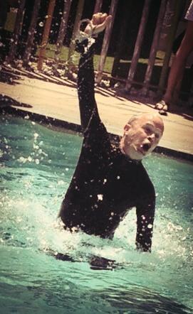 Water escape - Los Angeles Escape Artist