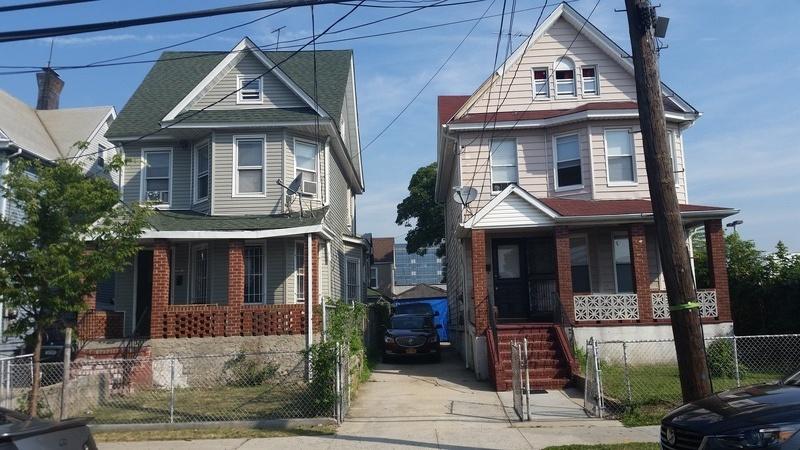 Echo - Left House (In Progress) & Charlie - Right House (Full)