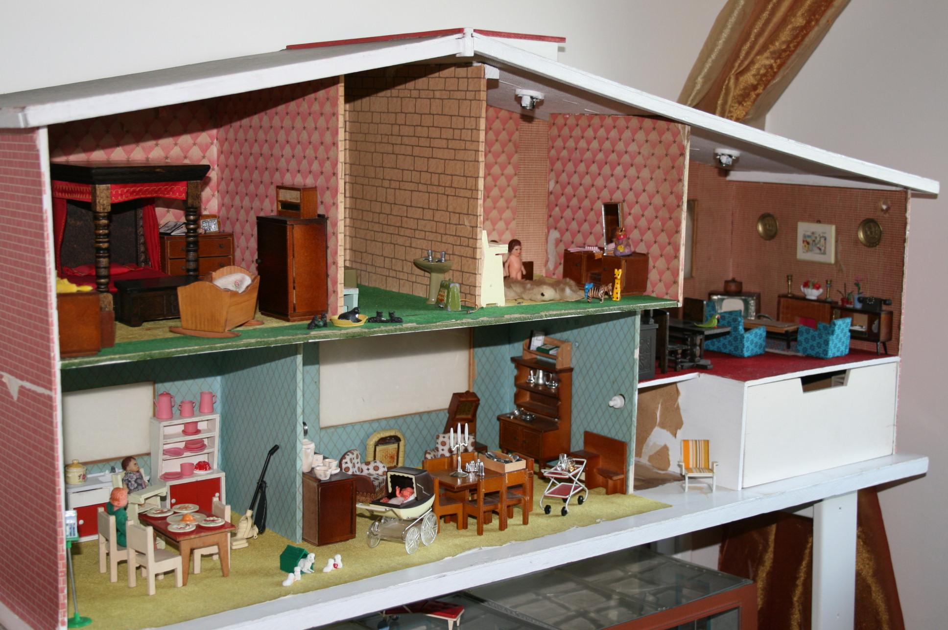 Barton model home