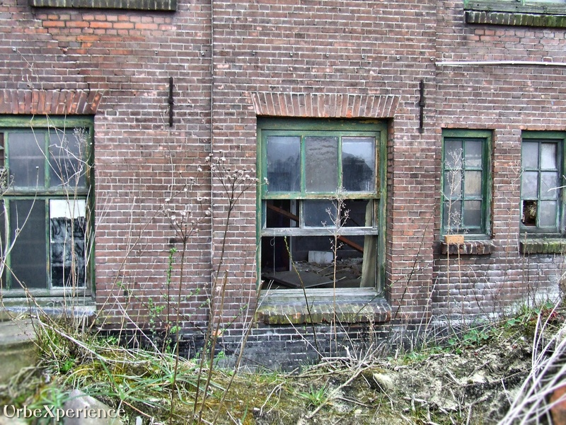 G industries in decay
