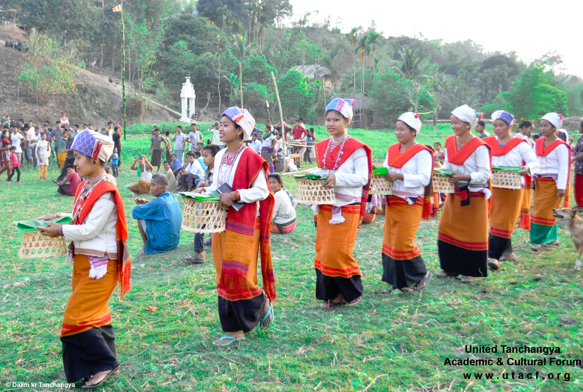 Tanchangya Girls bringing Traditinal Foods