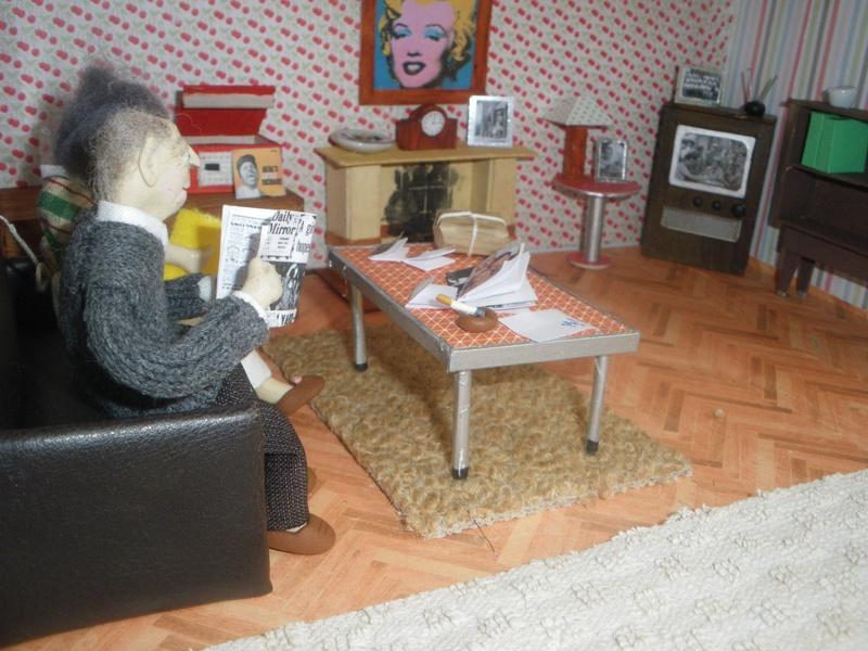1950s ish lounge, Couple watching Bilko.