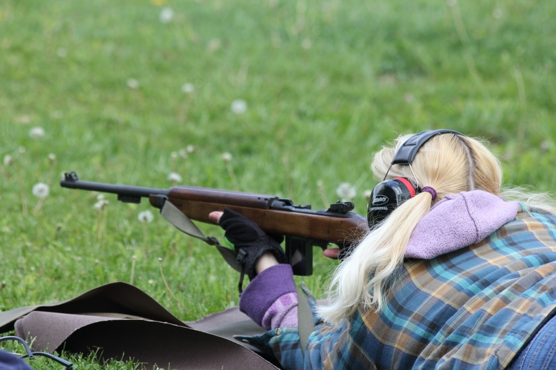 Waylena preparing to fire her M1 Carbine